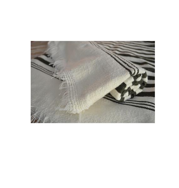 toalla blanca y negra rayas marroquí